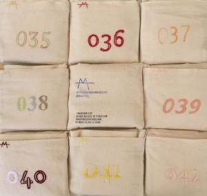 Números bordados en colores